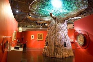 décor sculpture de l'arbre fantastique de Merlin