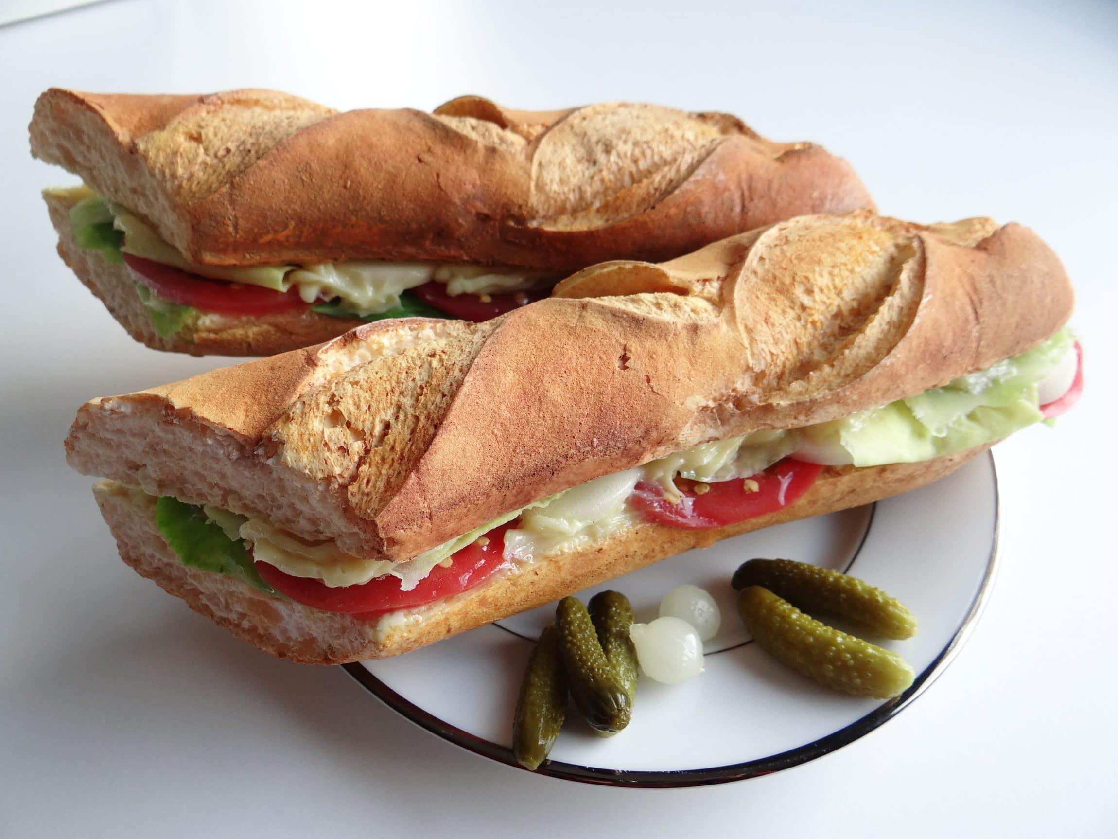 faux sandwichs pain baguette factices cobalt fx. Black Bedroom Furniture Sets. Home Design Ideas