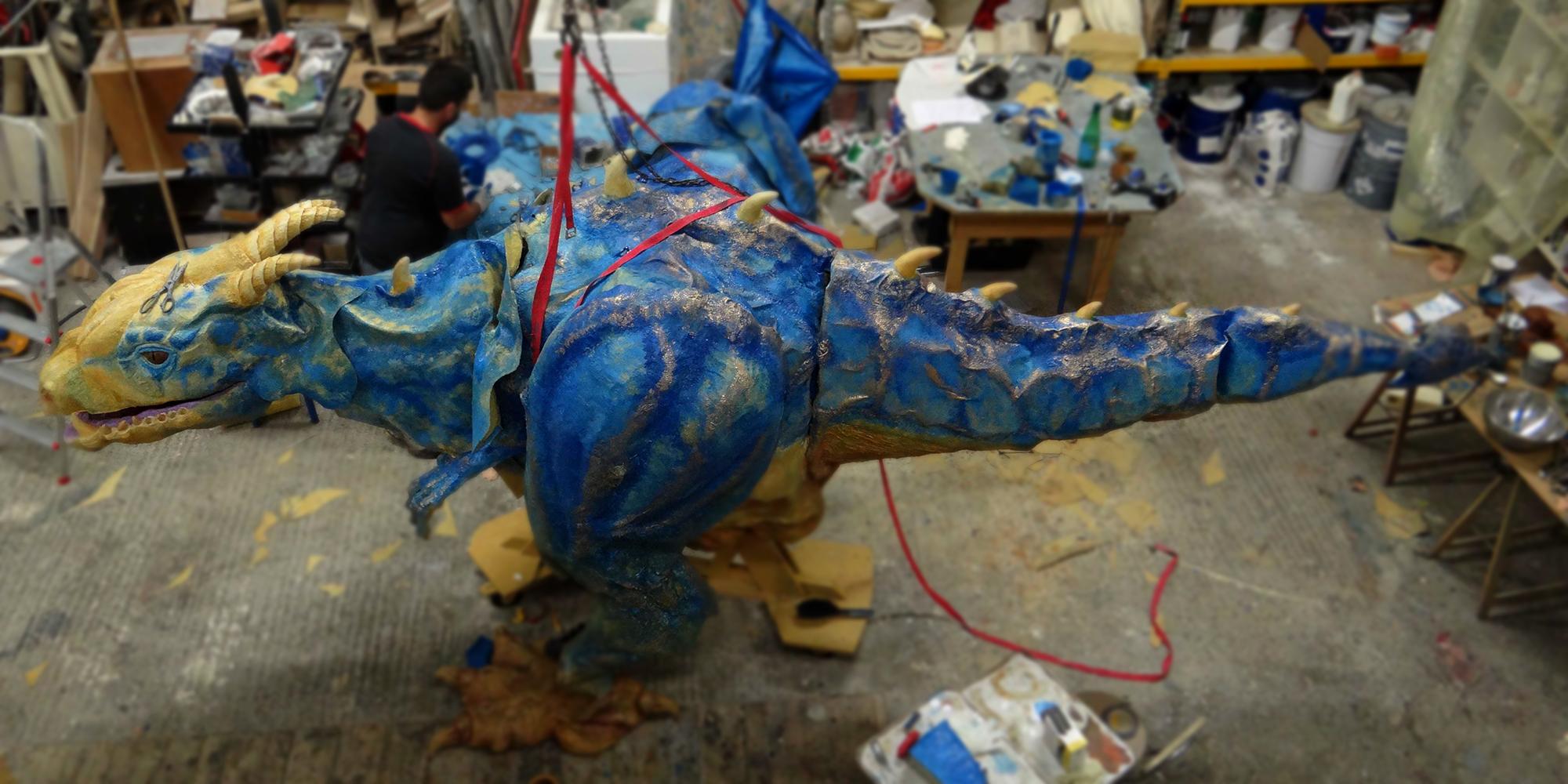 réalisation d'une sculpture de dragon fantastique au sein de l'Atelier Cobalt Fx