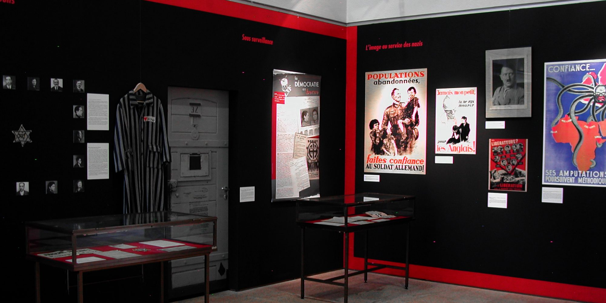 Scénographie et réalisation des décors de l'exposition Morbihan en Guerre faits par l'Atelier Cobalt Fx