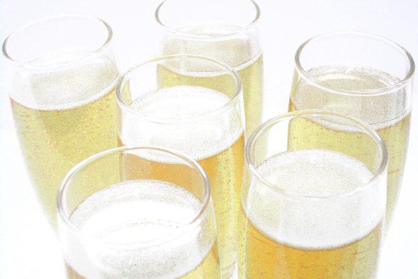 faux champagne en résine pour vitrine, décor ou accessoire