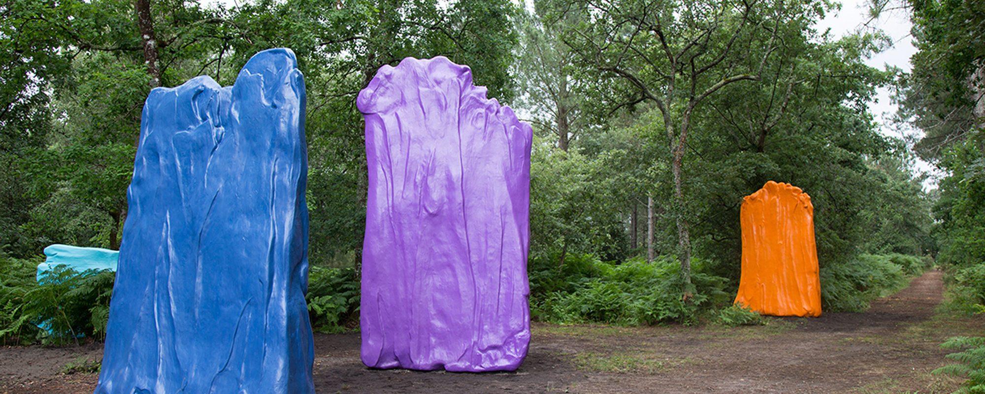 reproduction de sculptures contemporaines surdimensionnées d'après l'oeuvre d'un artiste