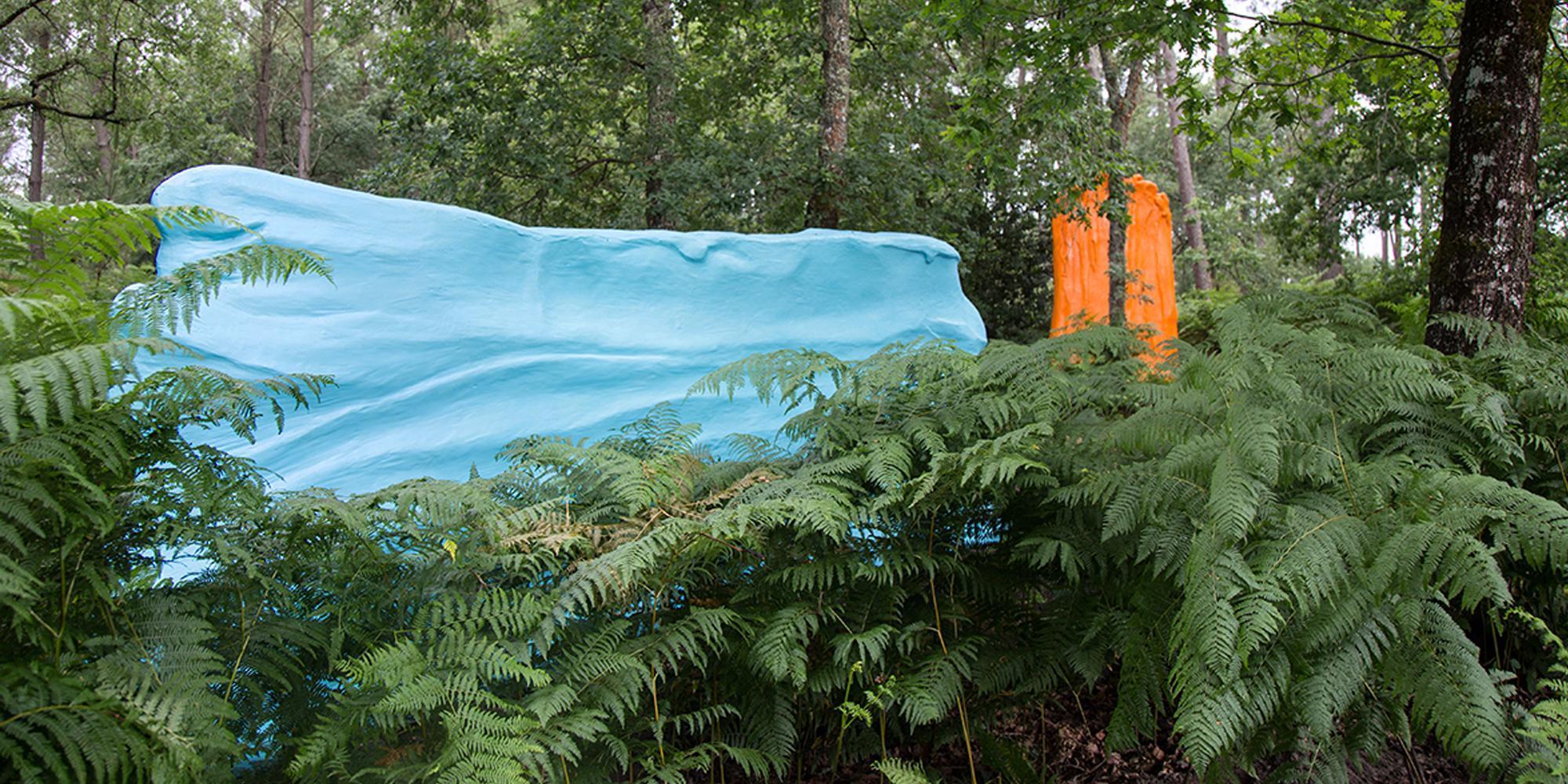couleurs de Philippe Fangeaux - sculptures monumentales d'après maquettes de l'artiste installées en Forêt Contemporain