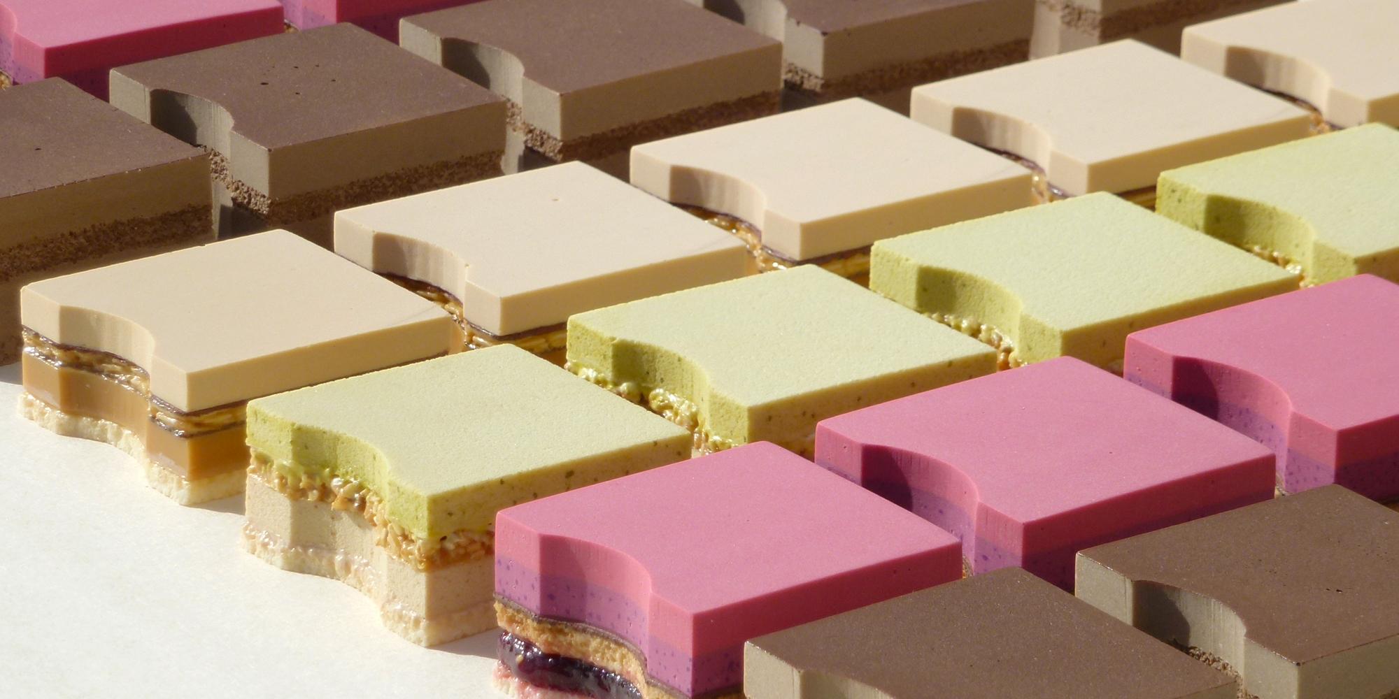 série de gâteaux factices de type découpe au jet d'eau à personnaliser sur-mesure selon les saisons