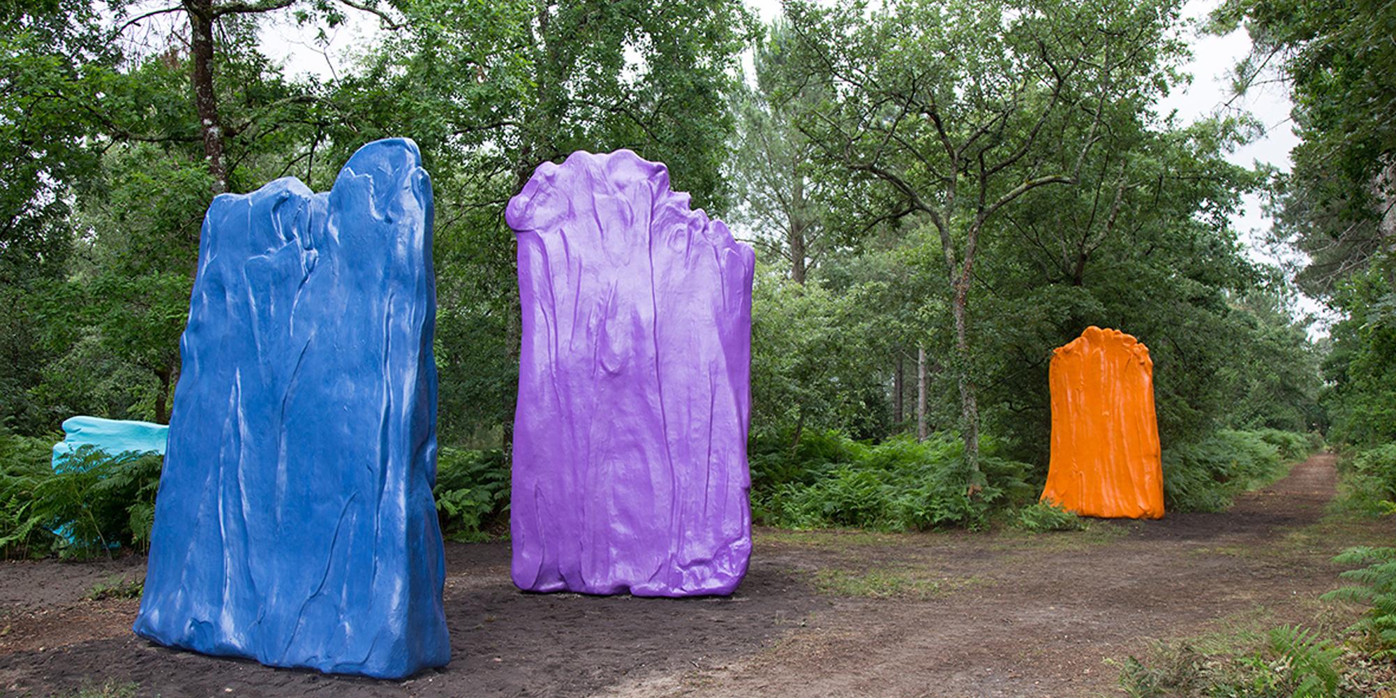 """Livraison Installation de l'oeuvre sculpturale """"couleurs"""" de Philippe Fangeaux à Le Barp"""